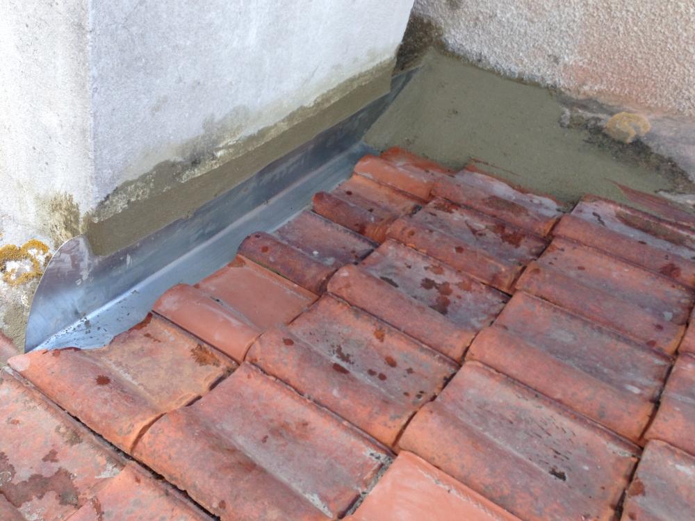Couverture toiture r novation maison peinture ozoir la for Refection cheminee exterieure